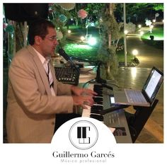 Músico profesional Fictional Characters, Piano Man, Singers, Events, Fantasy Characters