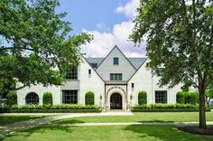 Exterior in Houston English Country by Fern Santini on Ranch Exterior, Modern Exterior, Beautiful Interiors, Beautiful Homes, New York Brownstone, Best Architects, Traditional Exterior, Next At Home, Architectural Elements