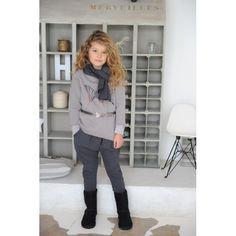 sweater papillon Rock Style, Collection, Sweaters, Fashion, Rocker Chick, Little Girl Clothing, Moda, Fashion Styles, Sweater