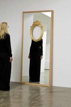 Tu recepcja - turecepcja:Mirror installation by Ron Gilad Art Conceptual, Instalation Art, Street Art, Art Plastique, Art Inspo, Sculpture Art, Cool Art, Contemporary Art, Art Photography