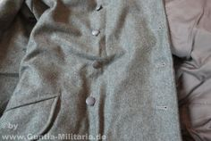 Wehrmacht coat M40, Repro. Reproduction of the M40 coat of the German Wehrmacht. The Wehrmacht jacket was manufactured using the original patterns. There are two rows of buttons, each with 6 buttons on the jacket, as he has epaulettes. The color of the Wehrmacht jacket is field gray, the material is wool and viscose, the lining cotton.  A first-class production, especially for collectors, the theater or Reenectment suitable. / more informations at: www.Guntia-Militaria-Shop.de