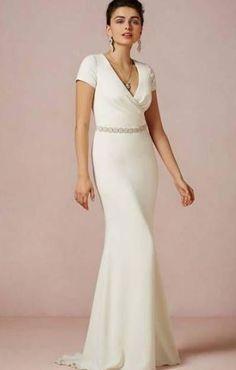 ec72baf5669a 22 fantastiche immagini su Cinture abito da sposa