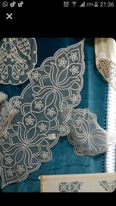 This Pin was discovered by Nef Basic Embroidery Stitches, Lace Embroidery, Embroidery Patterns, Crochet Patterns, Irish Crochet, Crochet Lace, Romanian Lace, Point Lace, Irish Lace