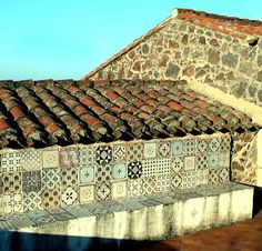 I have a thing for tile...and this Italian tile is beautiful.