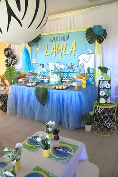 Don't miss this Girly Wild Safari Birthday Party featured here at Kara's Party Ideas. Safari Birthday Party, 13th Birthday Parties, Jungle Party, Jungle Theme, Animal Birthday, 2nd Birthday, Birthday Ideas, Princess Birthday, Animal Party