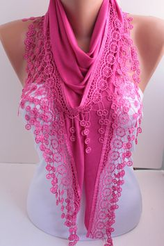 ♥ NEW!  Triangular shape, hot pink magenta lace edge, soft cotton fabric, lightweight for all seasons    L- appx- 70 inches  w- appx- 20 inches ( widest