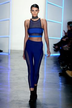 The complete chromat fall 2016 ready-to-wear fashion show now on vogue runw Sneakers Fashion Outfits, Sporty Outfits, Sporty Style, Athletic Outfits, Athletic Wear, Sport Fashion, Fitness Fashion, Fashion Show, Fashion Trends
