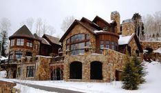 I love this house! Mountain house yes pleasseee Dream Home Design, My Dream Home, House Design, Dream Homes, Dream Big, Cabin Homes, Log Homes, Le Ranch, Big Houses