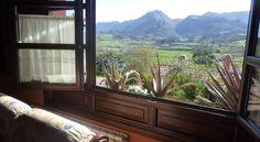 Apartamentos Rurales La Güertona Ardines Apartamentos Rurales La Guertona are set in the countryside of Asturias, just 3 km from Ribadesella. Each apartment has a terrace with views of Mount Mofrecho or the River Sella.