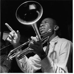 Jazz trumpeter Lee Morgan was murdered in the early hours of February 1972 at Slugs, a jazz club in New York's Eas. Jazz Artists, Jazz Musicians, Music Artists, Smooth Jazz, Radios, Lee Morgan, Melody Gardot, Francis Wolff, Hard Bop