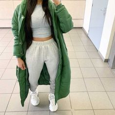 View all pictures, buttons and outfits from Iam.nxsh ( on 21 Buttons Cute Lazy Outfits, Chill Outfits, Mode Outfits, Outfits For Teens, Tomboy Fashion, Streetwear Fashion, Winter Fashion Outfits, Autumn Winter Fashion, Lookbook Mode