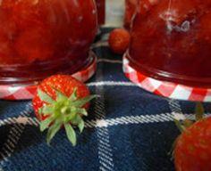 Aardbeienjam met limoen en basilicum