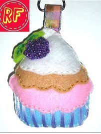 llavero de muffin de mora