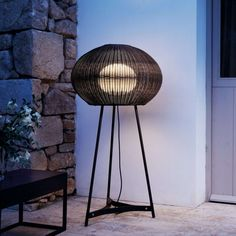 Bover's GAROTA is a tribute to the echinoids seabed, so common on the shores of the Mediterranean. This beautiful outdoor fixture comes in 2 finishes; -white or brown. Designed by Alex Fernández Camps / Gonzalo Mila.  This is a family of fixtures - table, suspension, and floor.  www.illuminc.com