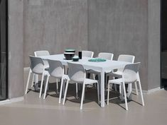 Bit 328 - Chair made from fiberglass polypropylene in a matt finish. Stackable and suitable for exterior use. Extension Dining Table, Dining Set, Fiberglass Resin, Table Extensible, Moraira, Armless Chair, Side Chairs, Outdoor Living, Indoor