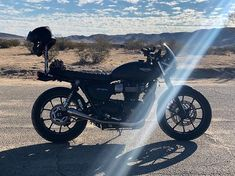 So often what's first seen as an imperfection later becomes something legendary. Embrace the unusual the strange the unfamiliar. It just might grow on you. Credit: Triumph Street Twin featuring the Midnight Tint Classic Flyscreen! SHOP LINK IN BIO Triumph Street Twin, Cafe Bike, Triumph Bonneville, Triumph Motorcycles, Im Not Perfect, Twins, Classic, Instagram, Vehicles