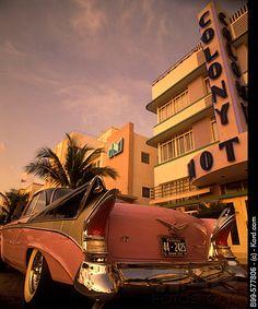 Auto : 1950's cadillac, Street scene, Ocean drive, Miami beach, Florida, USA
