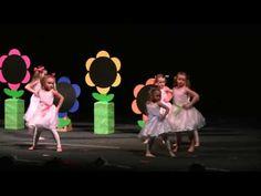 Taniec z pomponami - YouTube