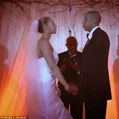 Welcome To Chitoo's Diary.: JAY Z SHARES VIDEO FTOM HIS WEDDING TO BEYONCE ......