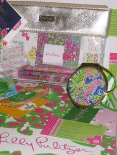 LILLY PULITZER AGENDA BONUS PACK  &  Mirror & 3 LP Perfumes Beachy & w/Gift Box  #LillyPulitzer On sale now from a seller w/ 16 yrs experience. 6579 positive feedbacks , 0 negatives. Ck out my shop on ebay, CaddyKitty Shop Around the Corner, seller hall4sale, Trisha