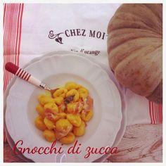 Sorelle in pentola: Gnocchi di zucca con pancetta, salvia e parmigiano reggiano.