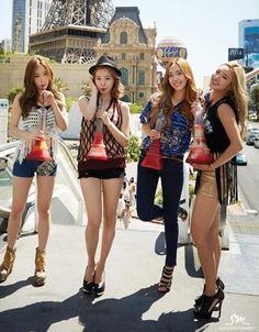Girls' Generation in Las Vegas Taeyeon, Sunny, Jessica e Hyoyeon Sooyoung, Seohyun, Kpop Girl Groups, Korean Girl Groups, Kpop Girls, Korean Group, Stilettos, Asian Fashion, Girl Fashion