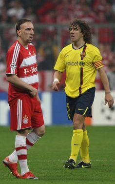 Puyol y Ribéry, durante el partido de vuelta de cuartos de final disputado en el Allianz en 2009.