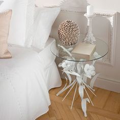 METAL FLOWER BASE TABLE - Occasional Furniture   Zara Home United States of America