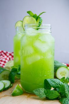 mint drink I don't post a lot of drink recipes but this summer I have been enjoying a lot of different drinks using plenty of fresh produce like this cucumber, mint and lime refresher! Cucumber Recipes, Detox Recipes, Smoothie Recipes, Drink Recipes, Juice Recipes, Party Recipes, Fruit Recipes, Detox Drinks, Healthy Drinks
