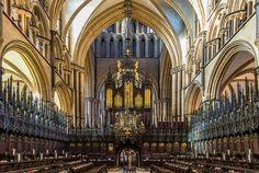 Kathedrale von Lincoln (Mittel-England) im Inneren.