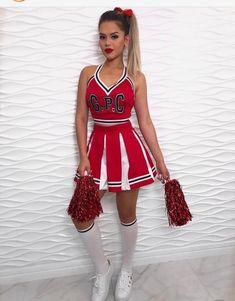 Cheerleader Halloween Costume, Cheer Costumes, Easy College Halloween Costumes, Classic Halloween Costumes, Halloween Outfits, Girl Costumes, Costumes For Women, Costume Ideas, Halloween Masks