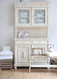 Shabby chic Küchenbuffet, antiker küchenschrank | Küche | Pinterest ...