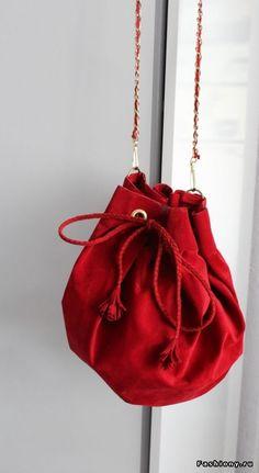 Clara Alonso's DIY bag