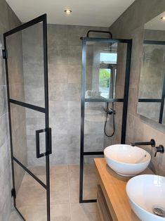 Bathroom Niche, Bathroom Goals, Bathroom Toilets, Bad Inspiration, Bathroom Inspiration, Bad Styling, Tiny Bathrooms, Industrial Living, Bathroom Styling