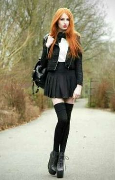 Olivia Emily - I love this photo & her outfit. My Gemma would absolutely rock th. - Olivia Emily – I love this photo & her outfit. My Gemma would absolutely rock this look… Source by a__jay - Style Outfits, Cute Outfits, Fashion Outfits, Fashion Clothes, Fall Outfits, Uk Fashion, Gothic Fashion, Fashion Tips, Style Fashion