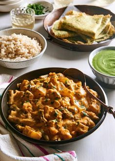 Potato Cauliflower and Green Bean Curry Potato Cauliflower Curry, Vegan Potato Curry, Vegetarian Curry, Cauliflower Recipes, Vegetarian Recipes, Indian Food Recipes, Whole Food Recipes, Green Bean Curry, Dhal Recipe