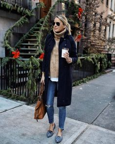 Casual fall + winter style # Casual Outfits oficina 2018 Find Out Where To Get The Dress Mode Outfits, Casual Outfits, Fashion Outfits, J Crew Outfits, Women's Fashion, Work Fashion, Korean Fashion, Dress Outfits, Fashion Online