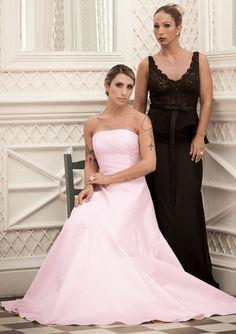 Valesca Popozuda e Jaque Khury: aulas para aprender a se comportar como uma lady - http://colunas.revistaepoca.globo.com/brunoastuto/2013/06/22/valesca-popozuda-e-jaque-khury-aulas-para-aprender-a-se-comportar-como-uma-lady/ (Foto: Glamour Brasil)