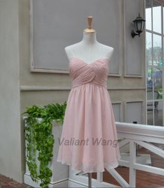 Blush Pink Sweetheart Neckline Chiffon Bridesmaid Dress Short Knee Length Prom Dress by Valiantwang on Etsy https://www.etsy.com/listing/184048653/blush-pink-sweetheart-neckline-chiffon