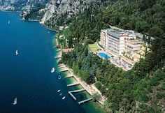 Hotel Panorama - Limone sul Garda ... Garda Lake, Lago di Garda, Gardasee, Lake Garda, Lac de Garde, Gardameer, Gardasøen, Jezioro Garda, Gardské Jezero, אגם גארדה, Озеро Гарда ... Welcome to Hotel Panorama Limone sul Garda, Set in a quiet lakeside location, Hotel Panorama offers both indoor and outdoor swimming pools, rooms overlooking Lake Garda, and a free shuttle service to Limone sul Garda centre. All rooms at the Panorama Hotel are air conditioned an