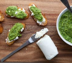 Goat Cheese Crostini with Spring Pea Puree- Omg I need this in my life...with some balsamic drizzle. Drool!