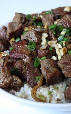 Recipe for Vietnamese-Style Garlic Beef - Make this for dinner tonight, it is beyond delicious…mouth-watering really. So much flavor in this super-simple dish.Recipe and Photo: Sunshine and Bones