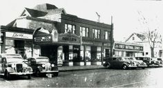 Springfield - 1939 file photo of Sumner Avenue at the X in the Forest Park section. Springfield Massachusetts, United Way, Forest Park, Local History, Community Service, Vintage Photos, Liberty, The Neighbourhood, Car Dealerships
