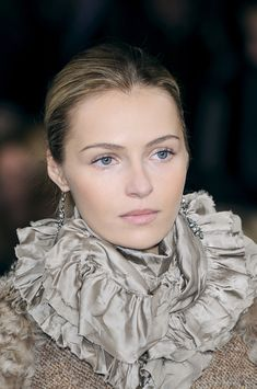 Ralph Lauren - Is this a scarf? I will take one, please. Aren't her eyes stunning?