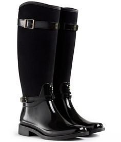 Hunter wellies, rain boots and accessories available at Country Attire. The latest wellington boot styles in stock with FREE DELIVERY*. Women's Equestrian Boots, Equestrian Outfits, Equestrian Style, Cowgirl Boots, Western Boots, Hunter Wellies, Hunter Boots, Horse Riding Clothes, Riding Boots