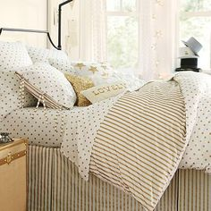 The Emily + Meritt Metallic Dottie Duvet Cover + Sham #pbteen  (Queen Duvet and Extra Pillowcases, Set of 2)