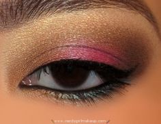 pretty urban decay look