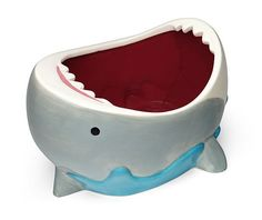 I can't get over how cute this shark bowl is!