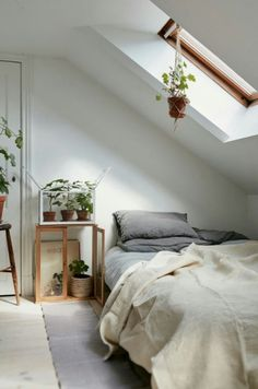 I love the plants added to this cosy space.