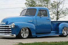 old blue Chevy truck Classic Pickup Trucks, Old Pickup Trucks, Hot Rod Trucks, Gm Trucks, Cool Trucks, 53 Chevy Truck, Chevy 3100, Chevy Pickups, Chevrolet Trucks